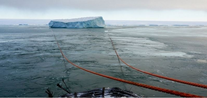 Towing iceberg