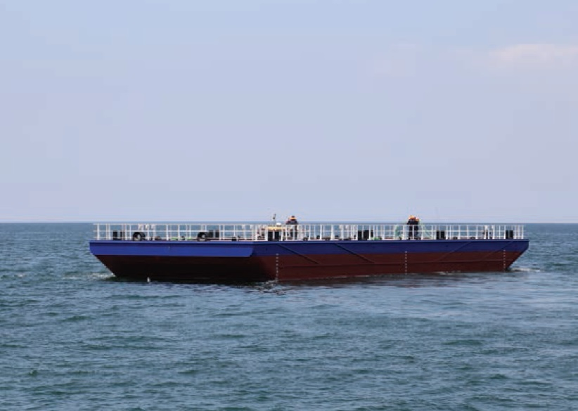 Flattop cargo barge for sale / 35 x 12m / built 2015 / 500 DWT / 10t/m2