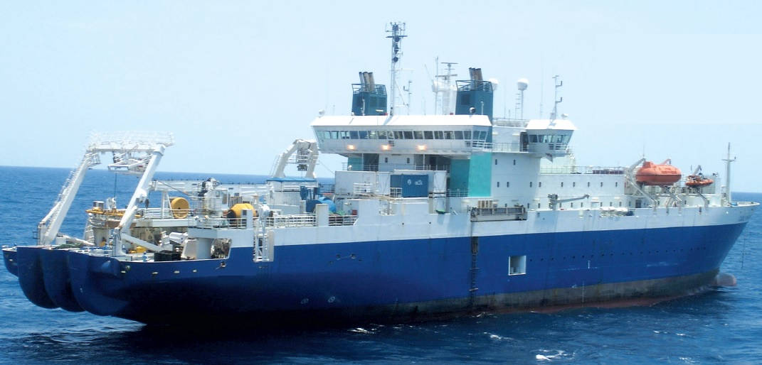 Cable Layer for charter with Accomm for 80 PAX