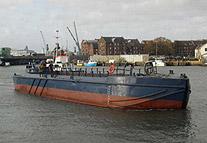 Dumb splitbarge for charter / 150m3