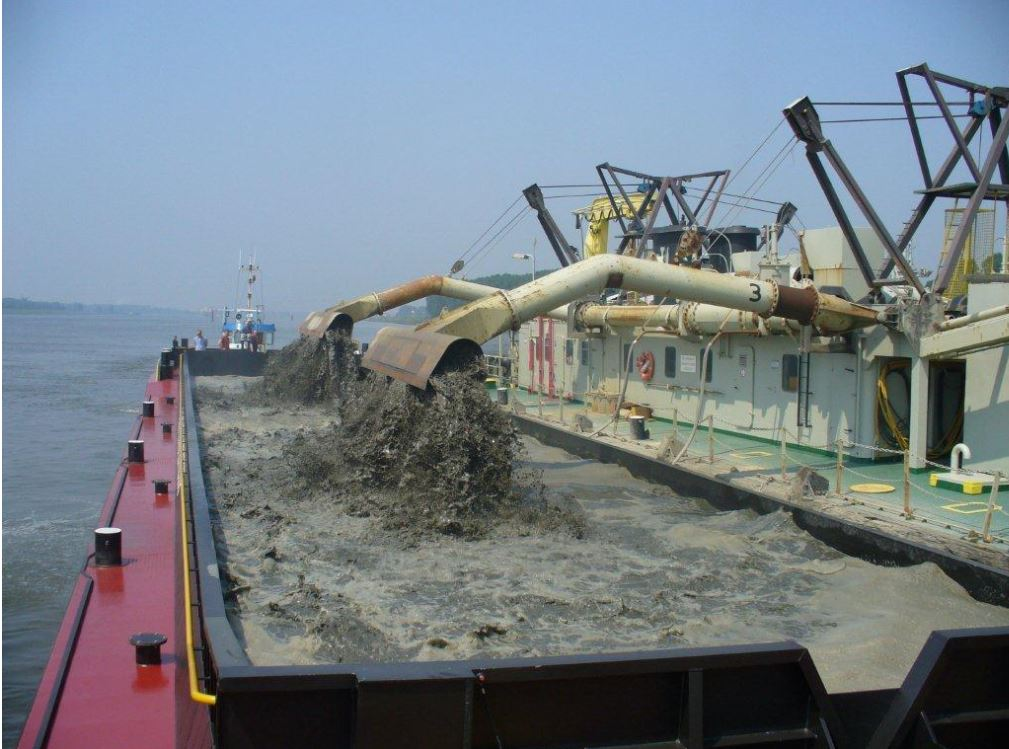 split hopper dredge assistant