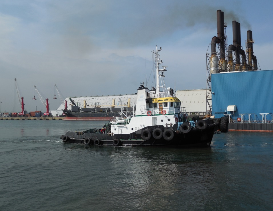 Twin screw towing tug for sale / 37tbp