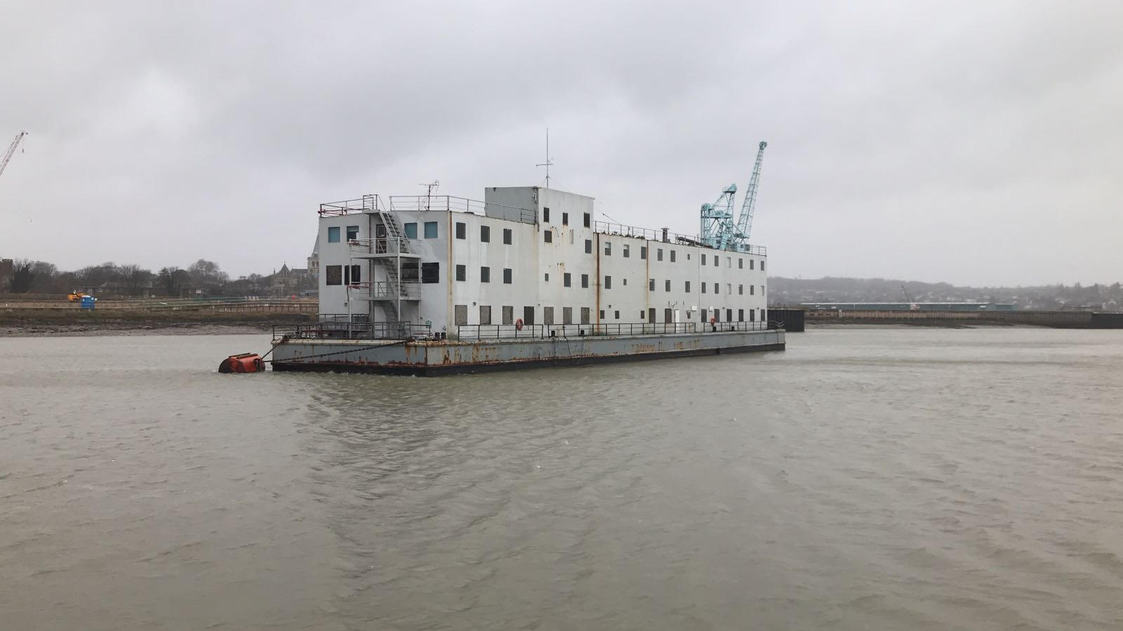 Accommodation barge 200 pax
