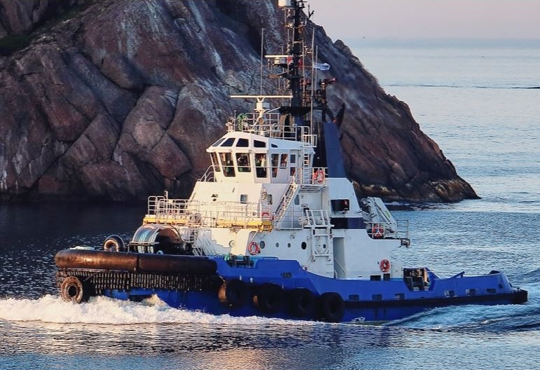 Ice class tug for sale Pacific